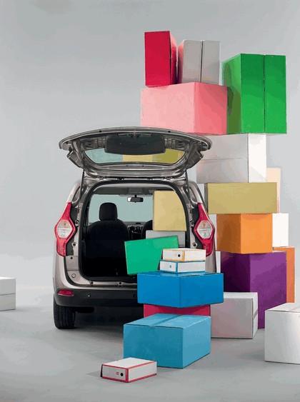 2012 Dacia Lodgy 15