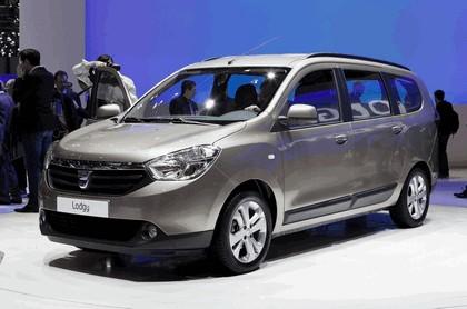 2012 Dacia Lodgy 23