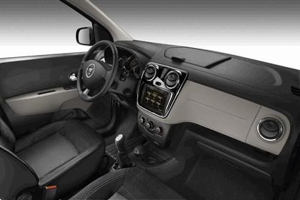2012 Dacia Lodgy 30