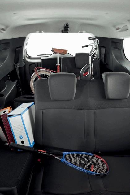 2012 Dacia Lodgy 40
