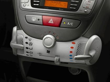 2012 Citroen C1 5-door 72
