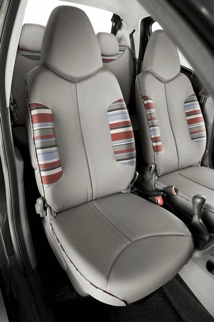 2012 Citroen C1 5-door 85