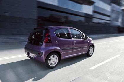 2012 Peugeot 107 5-door 15