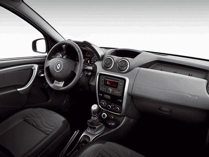 2010 Renault Duster 19