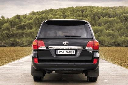 2012 Toyota Land Cruiser V8 6