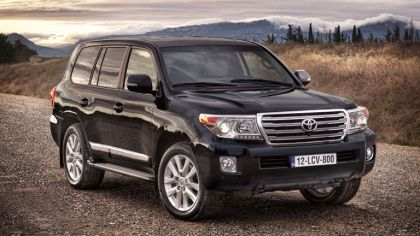 2012 Toyota Land Cruiser V8 6