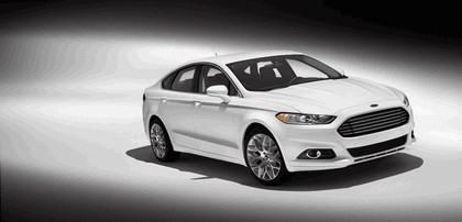 2012 Ford Fusion 28