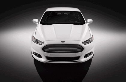 2012 Ford Fusion 29
