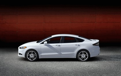 2012 Ford Fusion 34
