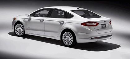 2012 Ford Fusion Energi 3