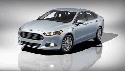 2012 Ford Fusion Energi 7
