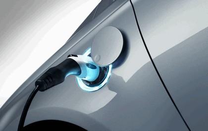 2012 Ford Fusion Energi 9
