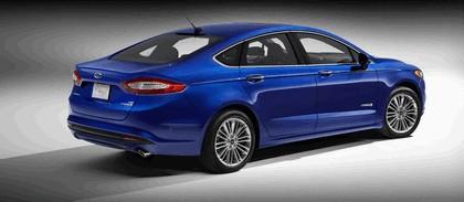 2012 Ford Fusion Hybrid 3