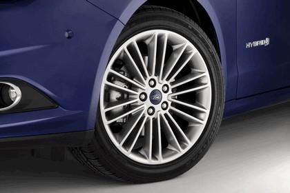 2012 Ford Fusion Hybrid 5