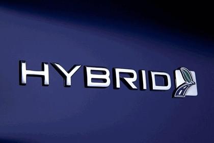 2012 Ford Fusion Hybrid 10
