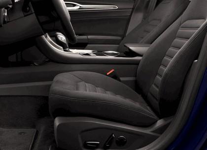2012 Ford Fusion Hybrid 20
