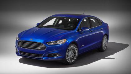 2012 Ford Fusion Hybrid 8