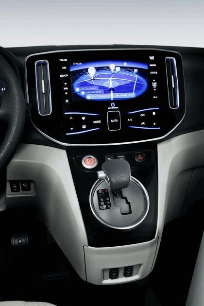 2012 Nissan e-NV200 11