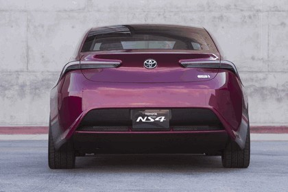 2012 Toyota NS4 Plug-in Hybrid concept 11
