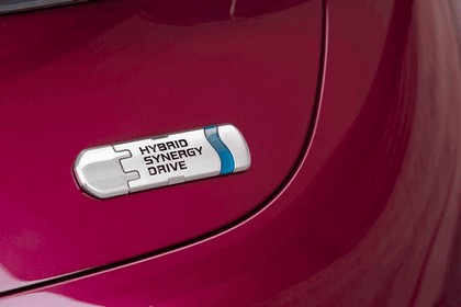 2012 Toyota NS4 Plug-in Hybrid concept 16