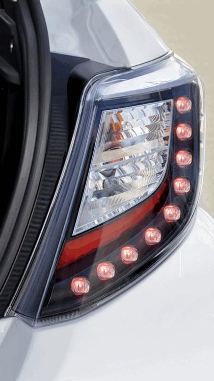 2012 Toyota Yaris Hybrid 30
