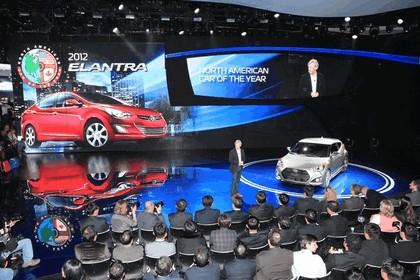 2012 Hyundai Veloster Turbo 35