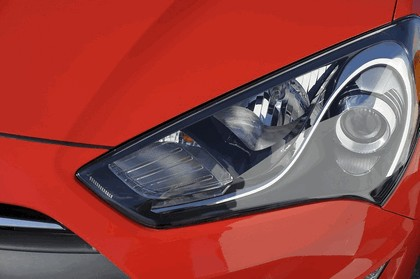 2012 Hyundai Genesis coupé 28
