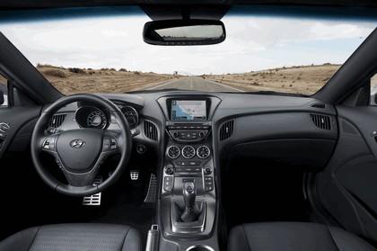2012 Hyundai Genesis coupé 35