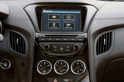 2012 Hyundai Genesis coupé 37