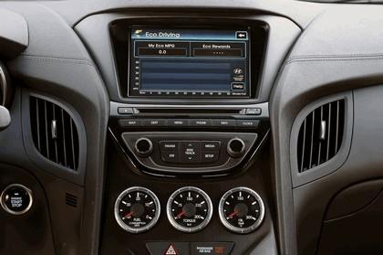 2012 Hyundai Genesis coupé 39
