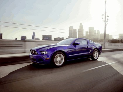2012 Ford Mustang 5.0 GT California special package 12
