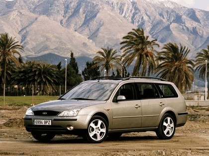 2000 Ford Mondeo station wagon 1