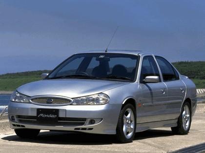 1996 Ford Mondeo sedan - Japanese version 3