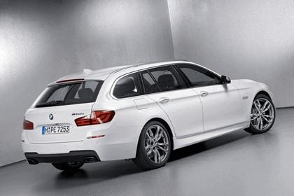 2012 BMW M550d xDrive Touring 2