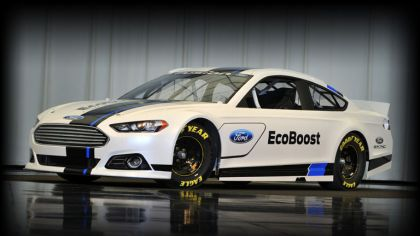 2013 Ford Fusion NASCAR Sprint Cup Car 6