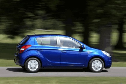 2012 Hyundai i20 BlueDrive - UK version 11