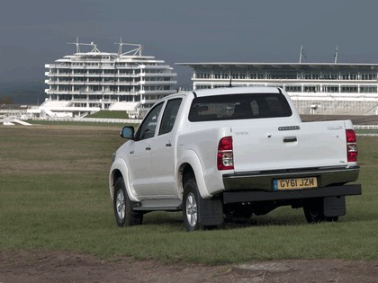 2012 Toyota Hilux - UK version 5