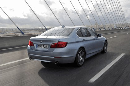 2012 BMW ActiveHybrid 5 12