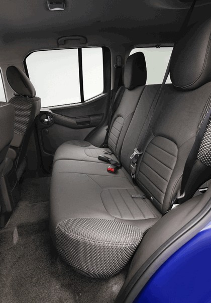 2012 Nissan Xterra 18
