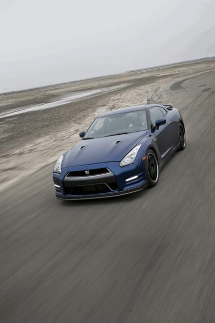 2012 Nissan GT-R ( R35 ) - USA version 7