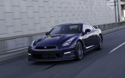 2012 Nissan GT-R ( R35 ) - USA version 27