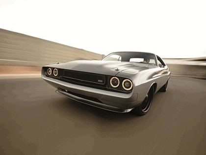 1970 Dodge Challenger by The Roadster Shop 4