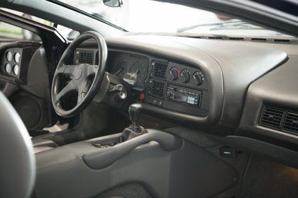 1992 Jaguar XJ220 26