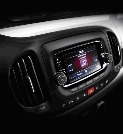 2012 Fiat 500L 36