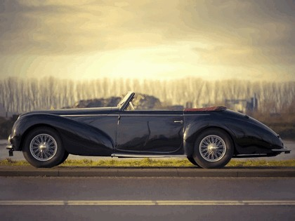 1947 Ford 135 M cabriolet by Graber 2