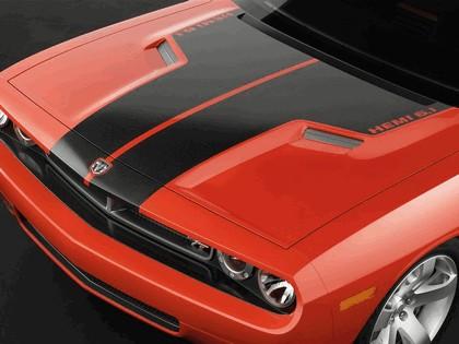 2006 Dodge Challenger concept 5