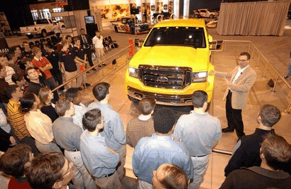 2003 Ford Mighty F-350 Tonka concept 18