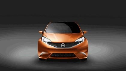 2012 Nissan Invitation concept 5