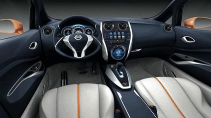 2012 Nissan Invitation concept 7