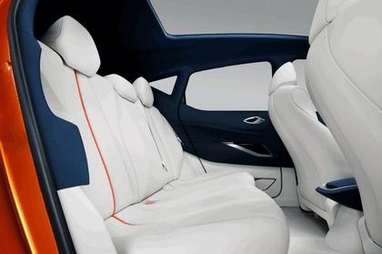 2012 Nissan Invitation concept 14